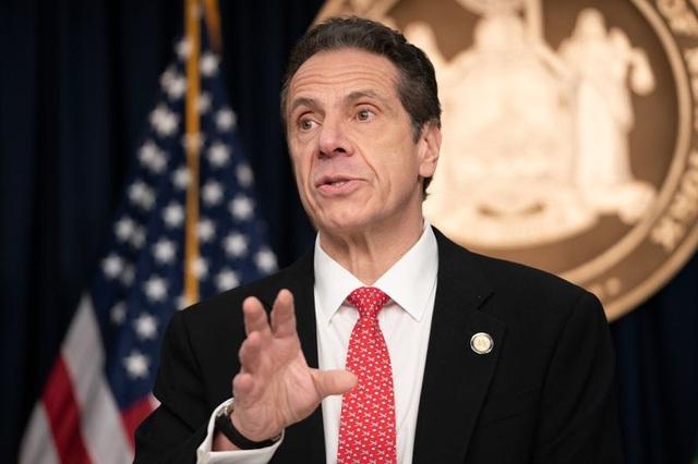 Thống đốc bang New York dọa kiện ông Trump vì vaccine Covid-19