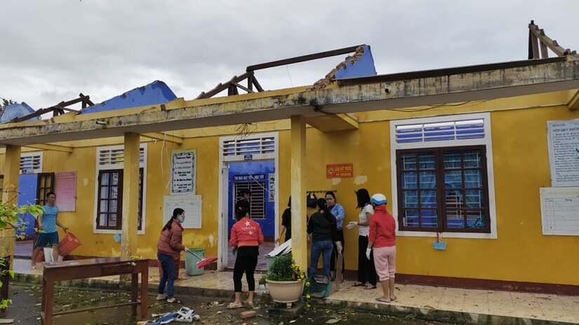 Nhiều trường học tại Quảng Bình và Thừa Thiên Huế hư hỏng nặng sau bão số 13.1