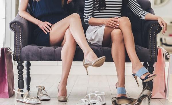 7 tác hại của việc ngồi vắt chéo chân