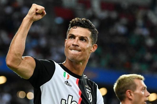 C.Ronaldo gia nhập đội bóng của David Beckham