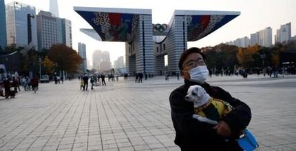 Hàn Quốc siết chặt giãn cách xã hội tại Seoul vì số ca nhiễm mới lại tăng nhanh