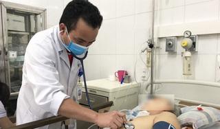 Người đàn ông tím tái, hôn mê sau khi tự dùng thuốc kháng sinh tại nhà