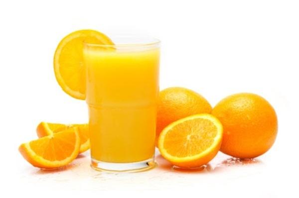 6 sai lầm khi uống nước cam gây áp lực cho dạ dày