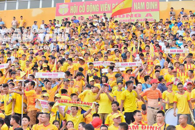 Số lượng khán giả Nam Định tới sân cao hơn 9 đội ở La Liga