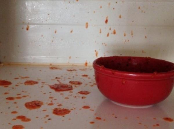 7 thực phẩm không nên hâm nóng trong lò vi sóng