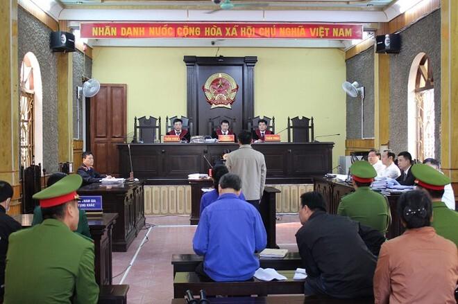 Vụ gian lận điểm thi ở Sơn La: Y án 4 người kháng cáo