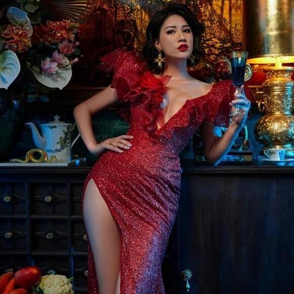 Trang Trần tiếp tục gây sốt với phát ngôn: 'Cứ nhiều tiền là được, không chồng này thì lấy chồng khác'