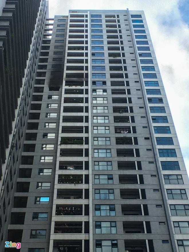 Chung cư Goldmark City náo loạn do vụ cháy ở tầng 29