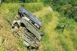 Vụ xe lao xuống vực khiến 3 người chết ở Hà Giang: Đình chỉ 1 đăng kiểm viên