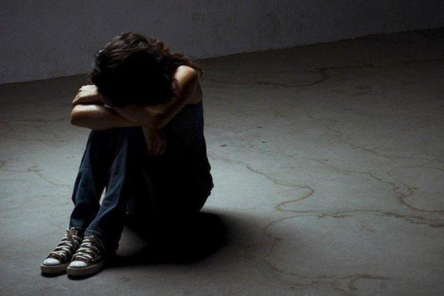 Tăng cân bất thường, mất ngủ là dấu hiệu cảnh báo bệnh trầm cảm