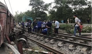 Tàu hỏa trật bánh khỏi đường ray ở Hà Nam, đường sắt bị gián đoạn