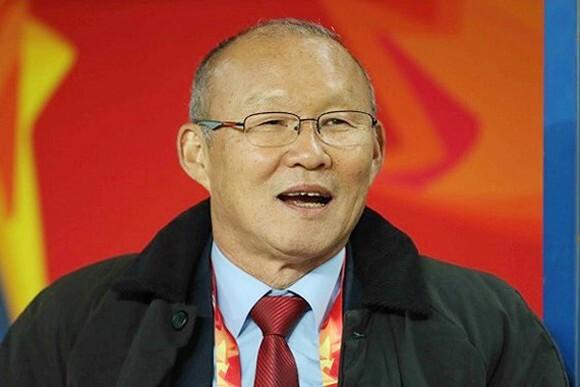 HLV Park Hang Seo ngợi khen bóng đá Việt Nam
