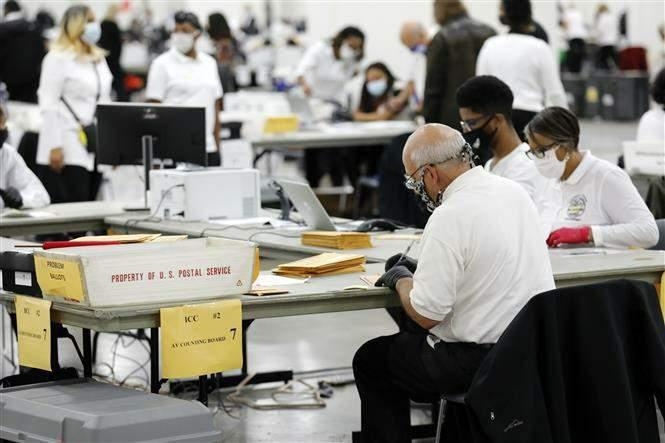 Đảng Cộng hòa đề nghị bang Michigan kiểm lại phiếu, hoãn công bố kết quả tại một hạt lớn