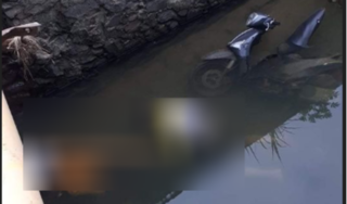 Phát hiện hai thanh niên tử vong dưới suối cạnh xe máy
