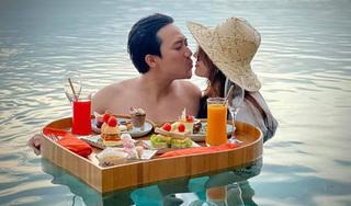 Trấn Thành - Hari Won khóa môi cực ngọt trên biển Nha Trang