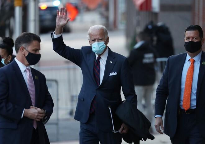 Ông Biden chính thức được tiến hành chuyển giao quyền lực