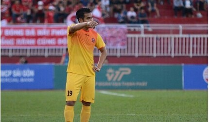 Thêm 2 cầu thủ nói lời chia tay CLB SLNA trước mùa giải mới