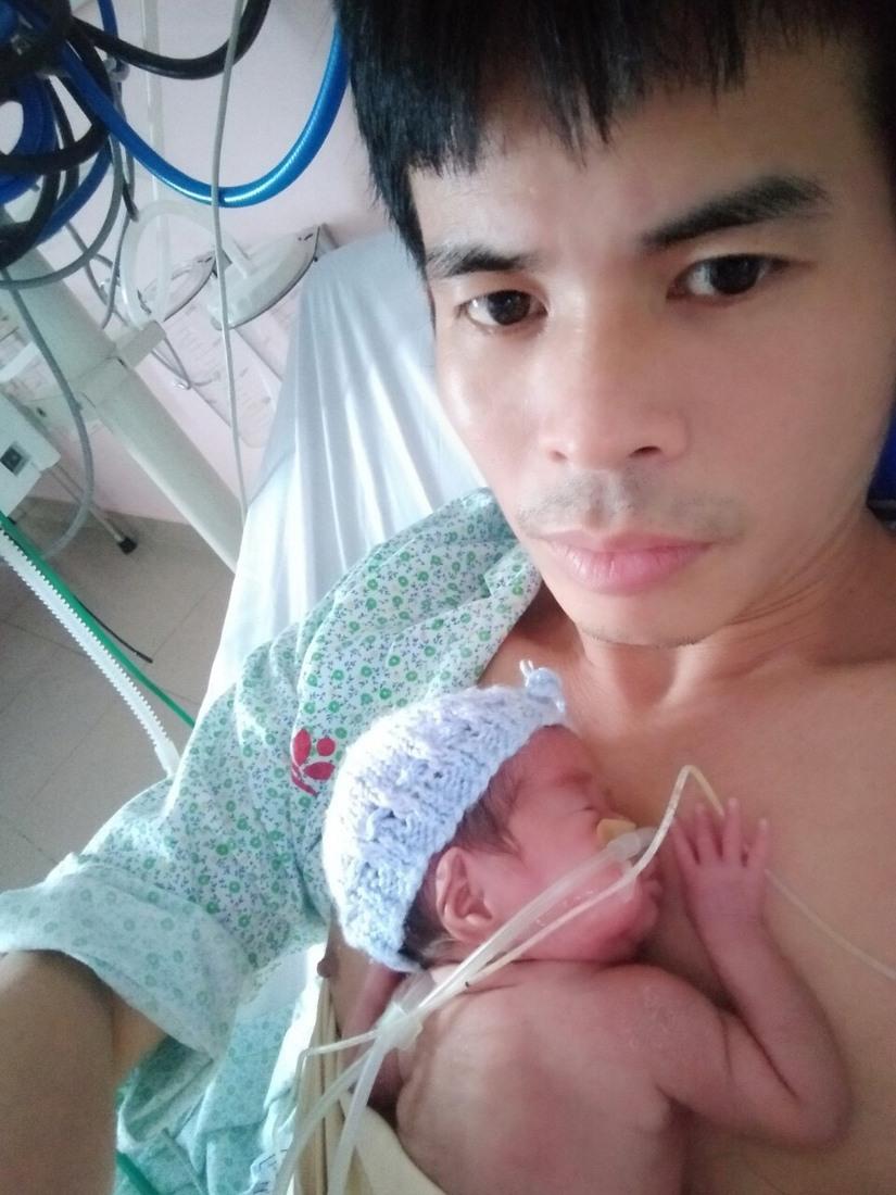 Hành trình vượt cửa tử của bé gái sinh non chỉ nặng 480g