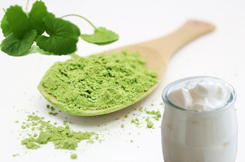 Công thức trị mụn và thâm cực hiệu quả từ loại rau quen thuộc