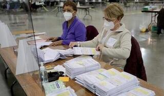 Thêm một bang ở Mỹ phát hiện gần 400 phiếu bầu chưa kiểm