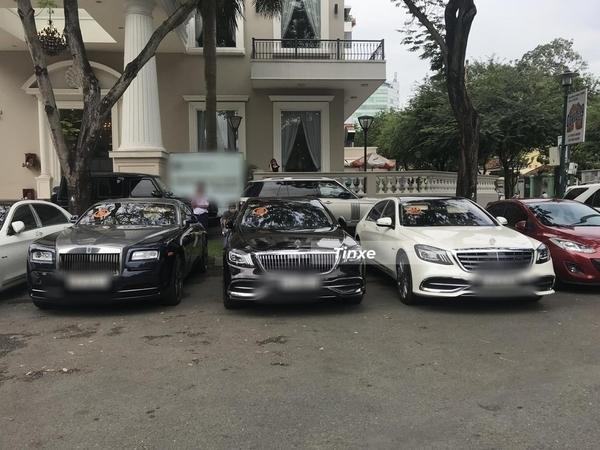 Lộ ảnh đám hỏi bí mật của thiếu gia Phan Thành và con gái giám khảo Hoa hậu Hoàn vũ