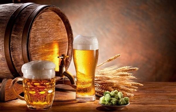 Tại sao phụ nữ nên uống 1 cốc bia mỗi ngày