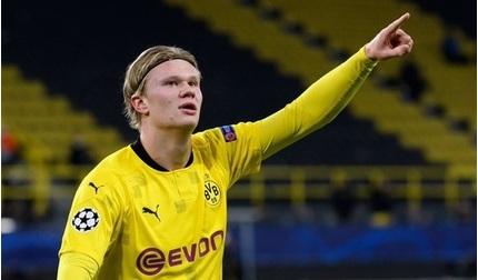 Erling Haaland đi vào lịch sử Champions League