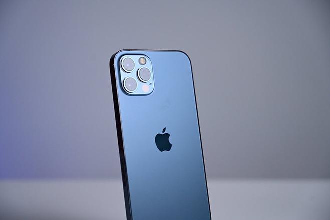 Dòng iPhone 12 tiếp tục gây sốt vào cuối năm nay. 1