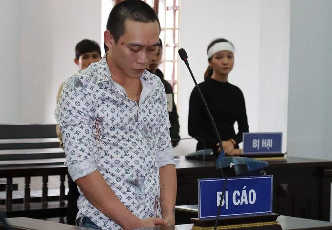 15 năm tù cho kẻ lừa tiền vợ nạn nhân Rào Trăng 3