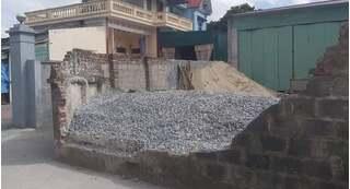 Lộ nguyên nhân bức tường đổ sập đè học sinh lớp 6 ở Thái Bình tử vong