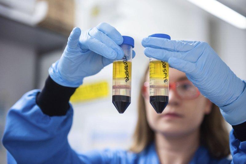 AstraZeneca nhận lỗi sản xuất liên quan đến kết quả nghiên cứu vaccine Covid-19