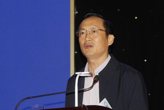 Lãnh đạo tỉnh Hà Tĩnh đề nghị không treo túi nước là hồ Kẻ Gỗ trên đầu dân, Bộ NNPTNT nói gì?. 2