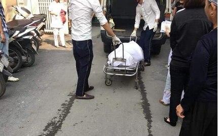 Một giáo viên nằm chết lõa thể tại nhà của đồng nghiệp