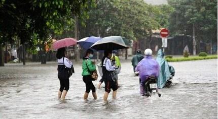 Hôm nay học sinh Khánh Hòa, Ninh Thuận nghỉ học phòng tránh mưa lũ