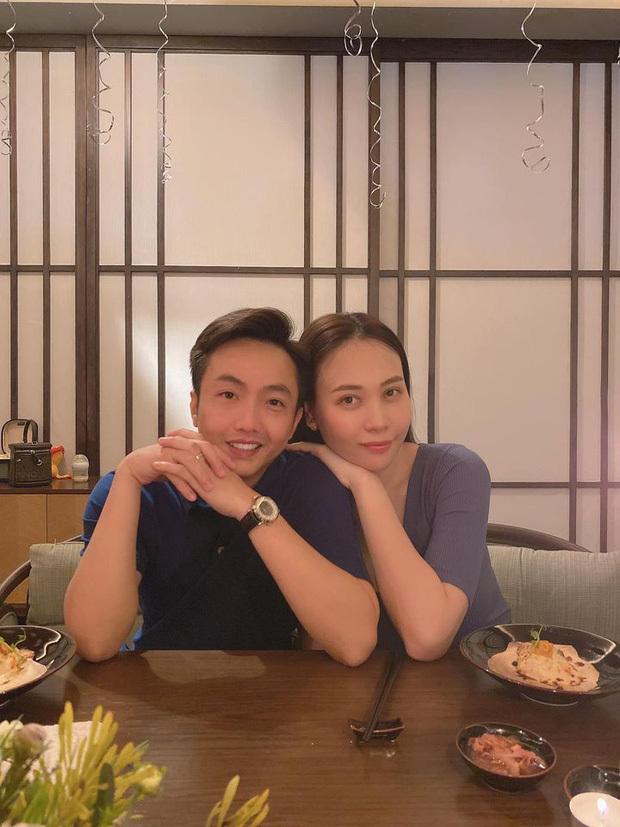 Cường Đô La đăng ảnh gia đình mừng sinh nhật vợ, con gái Suchin lại chiếm hết spotlight
