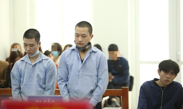 40 năm tù cho gai tên cướp đâm gục tài xế Grab trên đê