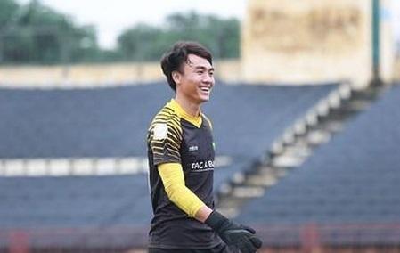 Cầu thủ thứ 2 thử việc tại DNH Nam Định