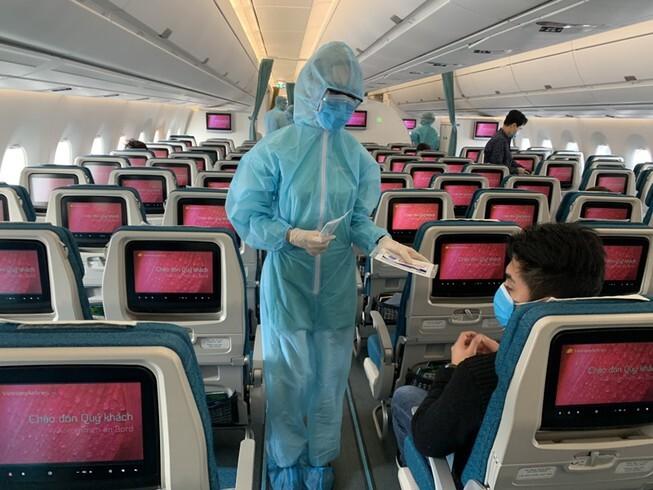Tiếp viên hàng không Vietnam Airlines mắc Covid-19 bị lây nhiễm từ đâu