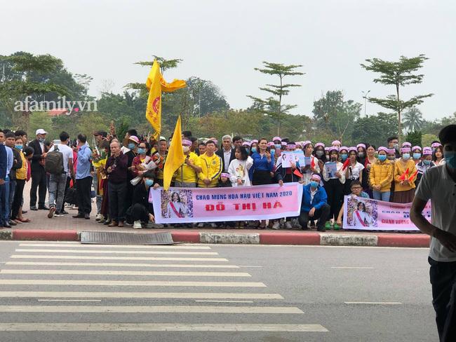 Bà con Hậu Lộc nô nức chuẩn bị đón Hoa hậu Đỗ Thị Hà về làng