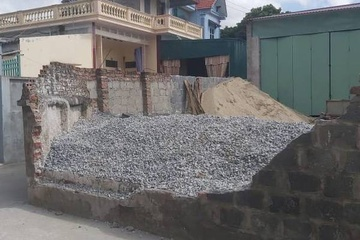 Khởi tố vụ tường nhà dân đổ đè chết nữ sinh lớp 6 ở Thái Bình