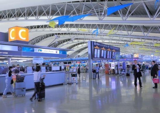 Bé trai 14 tháng tuổi từng ra sân bay, đi hội chợ trước khi phát hiện mắc Covid-19