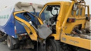 Tin tức tai nạn giao thông ngày 2/12: Ô tô cứu hộ đâm xe rác, tài xế tử vong