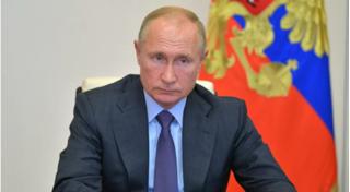 Tổng thống Putin lệnh tiêm chủng đại trà vắc xin Covid-19 của Nga trong tuần tới