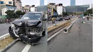 Tin tức tai nạn giao thông ngày 3/12: Tài xế buồn ngủ để ô tô leo dải phân cách