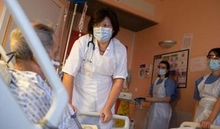 Pháp sẽ tiêm miễn phí vaccine Covid-19 cho toàn dân