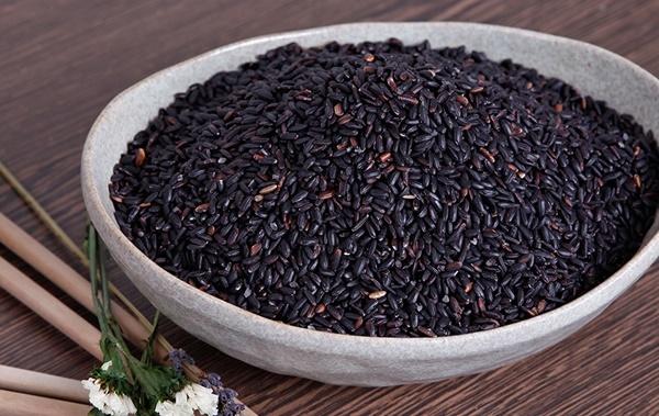 10 thực phẩm màu đen tốt cho sức khỏe hơn thuốc quý