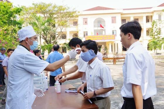 Quảng Nam cách ly, theo dõi người về từ TP.HCM từ ngày 27/11 đến nay