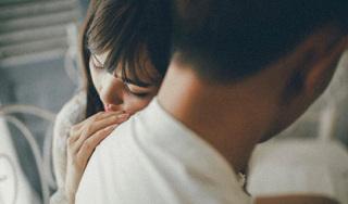 Định ly hôn cô vợ liệt nửa người vì áp lực từ bố mẹ nhưng vợ xin 'một đêm cuối' mà sáng ra anh chồng nghẹn ngào xin lỗi và lập tức xé đơn