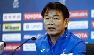 HLV Phan Thanh Hùng nói gì về quyết định từ chức HLV Than Quảng Ninh?
