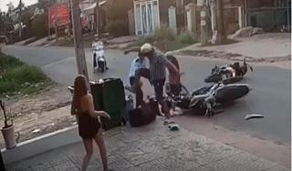 Đã xác định được nơi ở của thanh niên đánh nữ sinh dã man sau va chạm giao thông